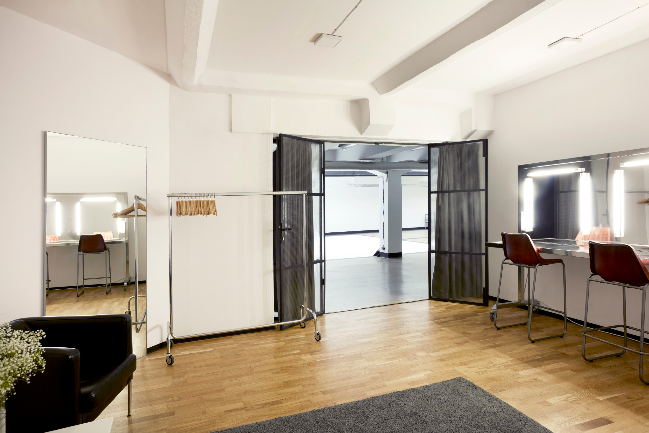 Studio2_PS4